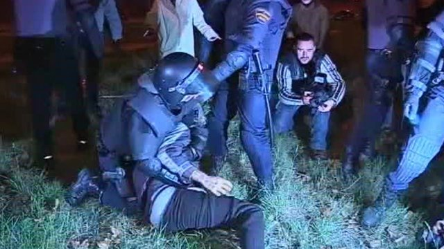 Scuffle between police and protester