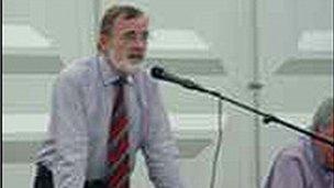 Robert Owen Jones