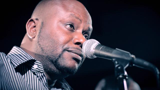 Burundian singer Kidum
