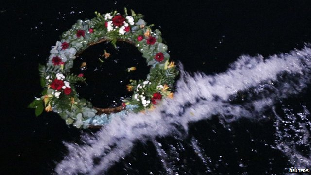 Wreath floating in MS Balmoral's wash