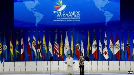 Colombian President Juan Manuel Santos and Foreign Minister Maria Angela Holguin during a news conference after the Sixth Summit of the Americas