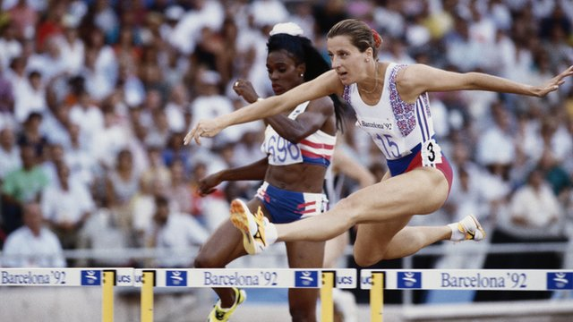 Britain's Sally Gunnell wins 400m hurdles at 1992 Barcelona Olympics