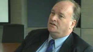 Dr Peter Noyes