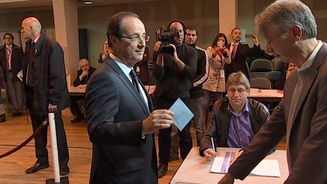 Francois Hollande casts his vote