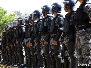 Riot police deployed in Amman during a protest demanding political reforms (4 May 2012)