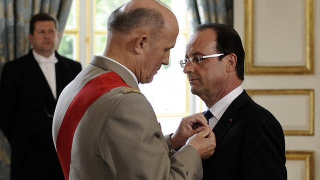 General Jean-Louis Georgelin and Francois Hollande