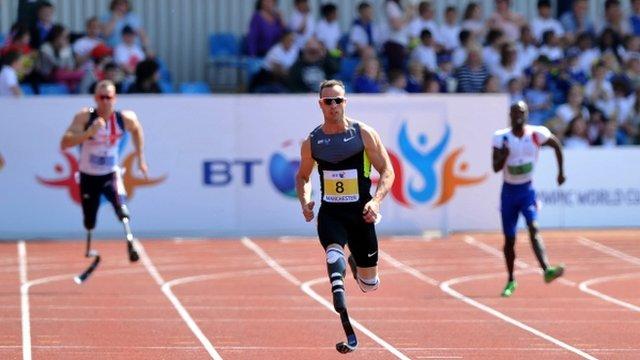 Oscar Pistorius wins the 200m