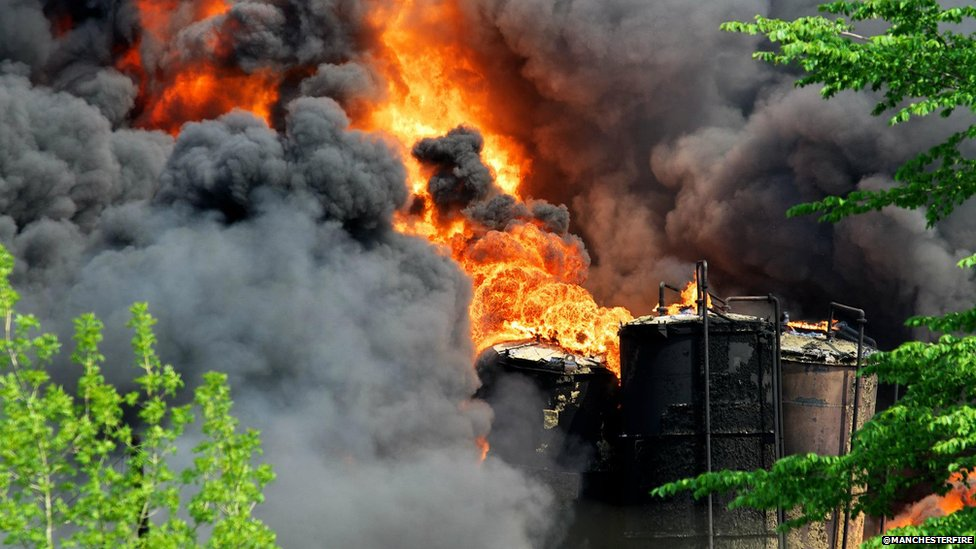 Bbc News In Pictures Littleborough Factory Fire