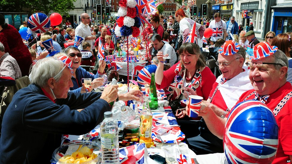 bbc news in pictures diamond jubilee celebrations in leicestershire