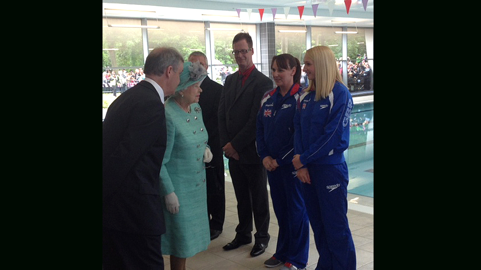 Bbc news in pictures queen 39 s jubilee visit to east midlands for Corby international swimming pool