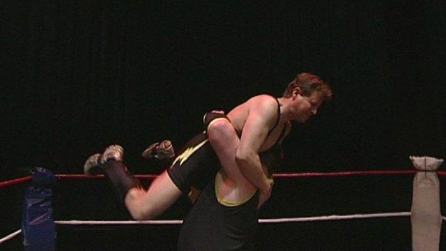 Mike Bushell wrestling
