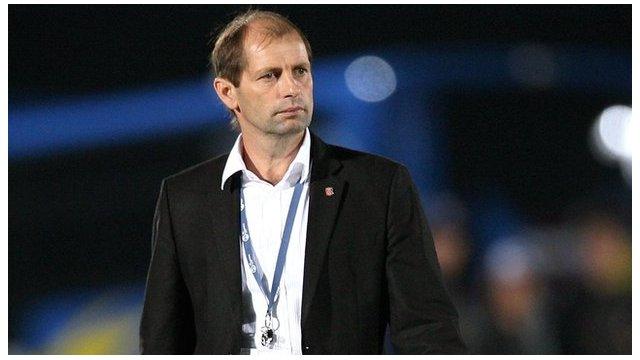 Mozambique coach Gert Engels