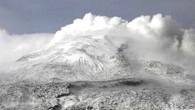 Nevado del Ruiz volcano, 1 July 2012