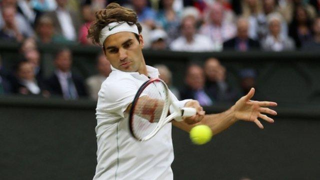 Roger Federer gets an early break in his semi-final with Novak Djokovic