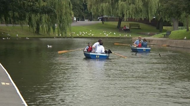 Boating on the Royal Military Canal