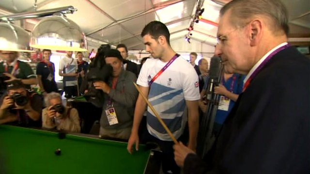 Jacque Rogge at snooker table