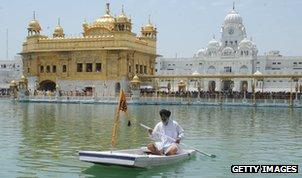 Boatman and Golden Temple, Amritsar