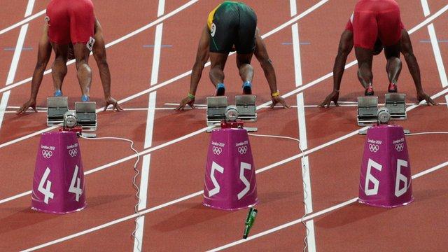 Bottle thrown on track at 100m start