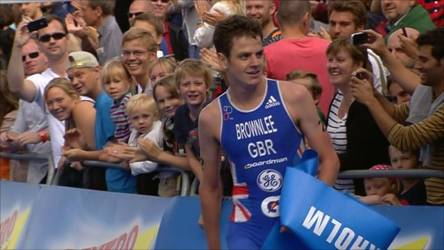 Jonny Brownlee wins in Stockholm