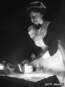 Housemaid in 1900