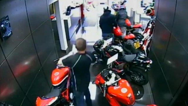 CCTV captured the failed robbery in Croydon