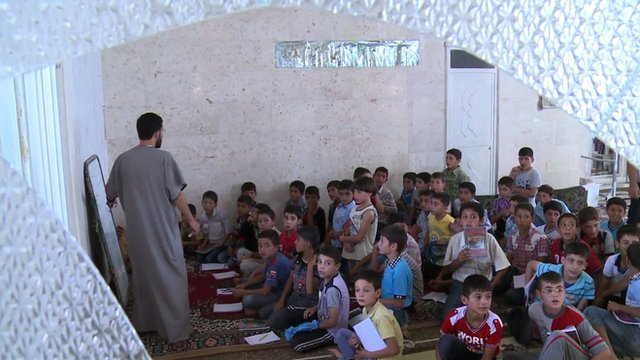 Syrian schoolchildren in the northern town of Aazaz