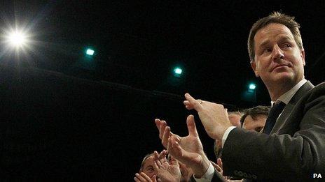 Y Dirprwy Brif Weinidog Nick Clegg yng nghynhadledd y Democratiaid Rhyddfrydol yn Brighton