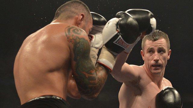 Paul McCloskey in action against Manuel Perez