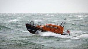 The Shannon prototype during trials in rough seas