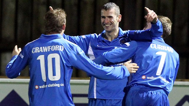 Ballinamallard's Ryan Campbell celebrates his goal in the first minute against Glenavon.