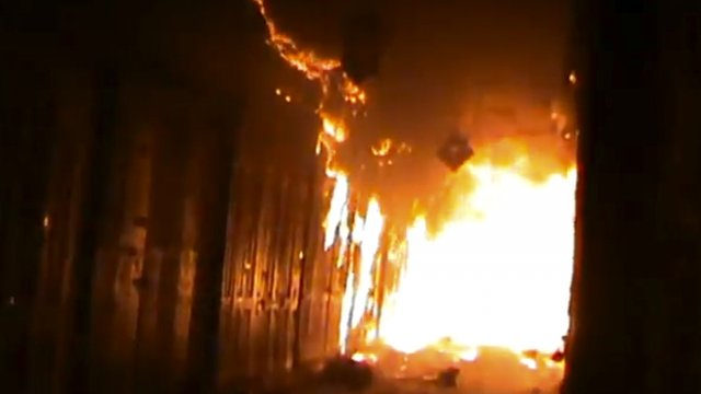 Aleppo souk burns