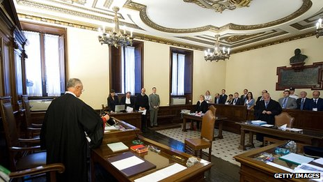 Opening court session in Vatican, 29 Sep 12