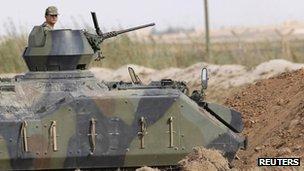 Turkish tank near Akcakale, 5 Oct 2012