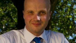 Adam Simmonds, Conservative