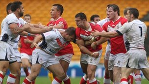 Tempers fray in Lens as the Wales and France rugby league players scuffle