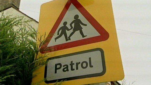 School crossing patrol road sign