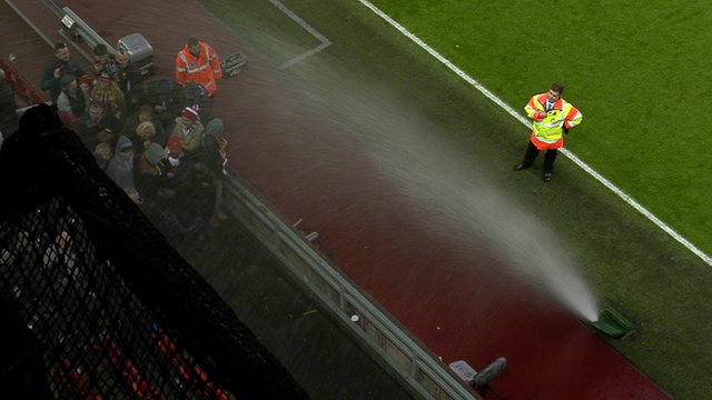 Liverpool fans get soaked by sprinkler