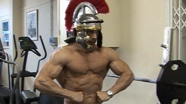 Daz Hallet, bodybuilder