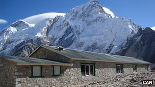 Gorakshep porter shelter near Everest