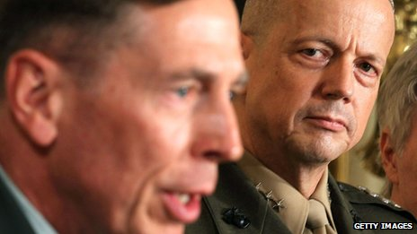 April 2011 file picture of David Petraeus (L) and Gen John Allen at the White House
