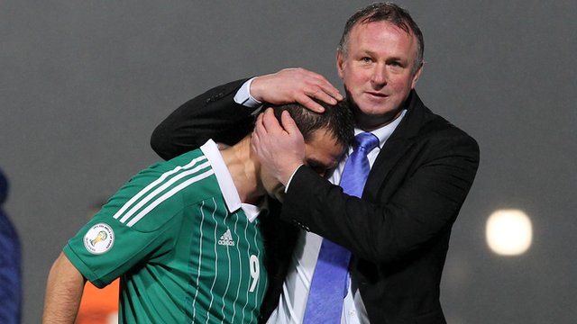 Northern Ireland goalscorer David Healy with manager Michael O'Neill