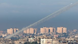 A rocket launched from Gaza as seen from Sderot (15 Nov 2012)