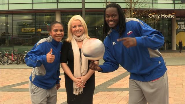 Harlem Globetrotters players meet BBC Sport's Amelia Harris