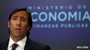 Economy Minister Hernan Lorenzino at a press conference on 22 November 2012