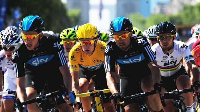 Bradley Wiggins (in yellow) and Mark Cavendish (in white) riding in the Tour de France
