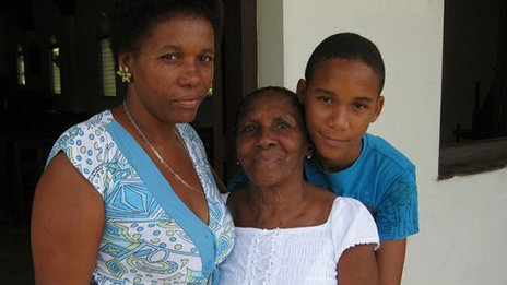 Lilan Springer with her family in Baragua
