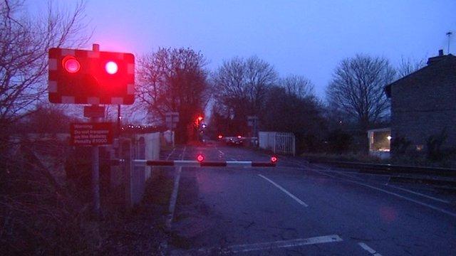 Sandy Lane level crossing