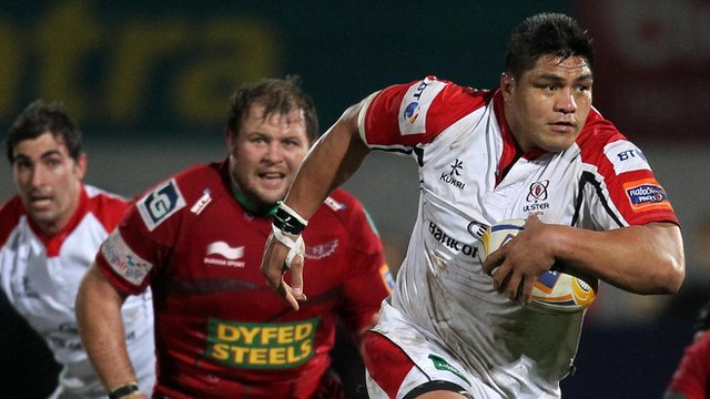 Nick Williams in action for Ulster against the Scarlets