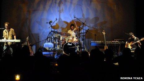 Ecuadorean band Ninosaurios