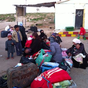 Syrian refugees arrive at Zaatari camp in Jordan. Jan 2013